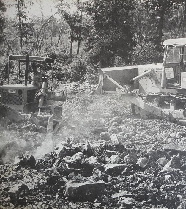 Bulldozer 1970